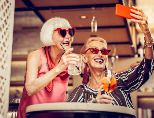 4 Fun (physically distanced) Summer Activities for Seniors
